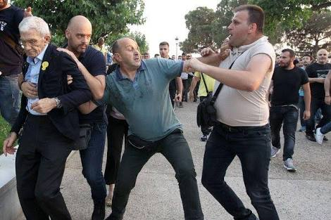 fee815ab4337 The international press widely reported the brutal assault on Thessaloniki  Mayor Yiannis Boutaris on 19 May 2018 perpetrated by the supporters of the  Greek ...